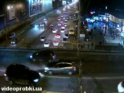 Car crash at Peremogy Avenue - Dovzhenka St., Shylyavska substation (photo)