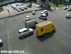 Car crash at Chervonozoryany Avenue - Kirovogradska St. (photo)
